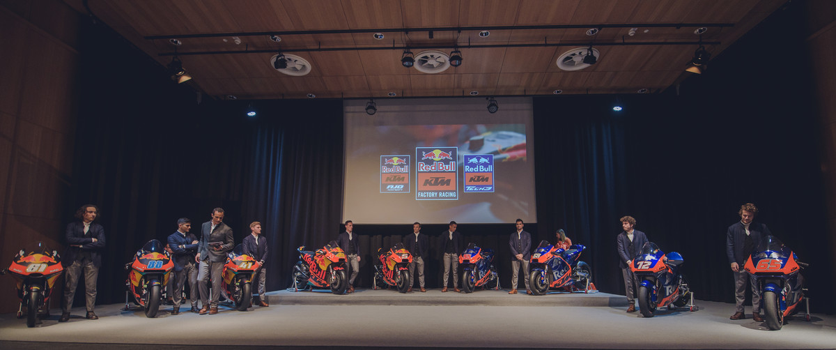 267675_2019-02-12-KTM-GP-TEAM-1102_Team_Presentation