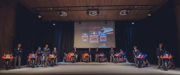 267675_2019-02-12-KTM-GP-TEAM-1102_Team_PresentationXZWslsQi19Zhl